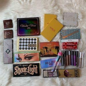 Other - Makeup Bundle of 28 pieces